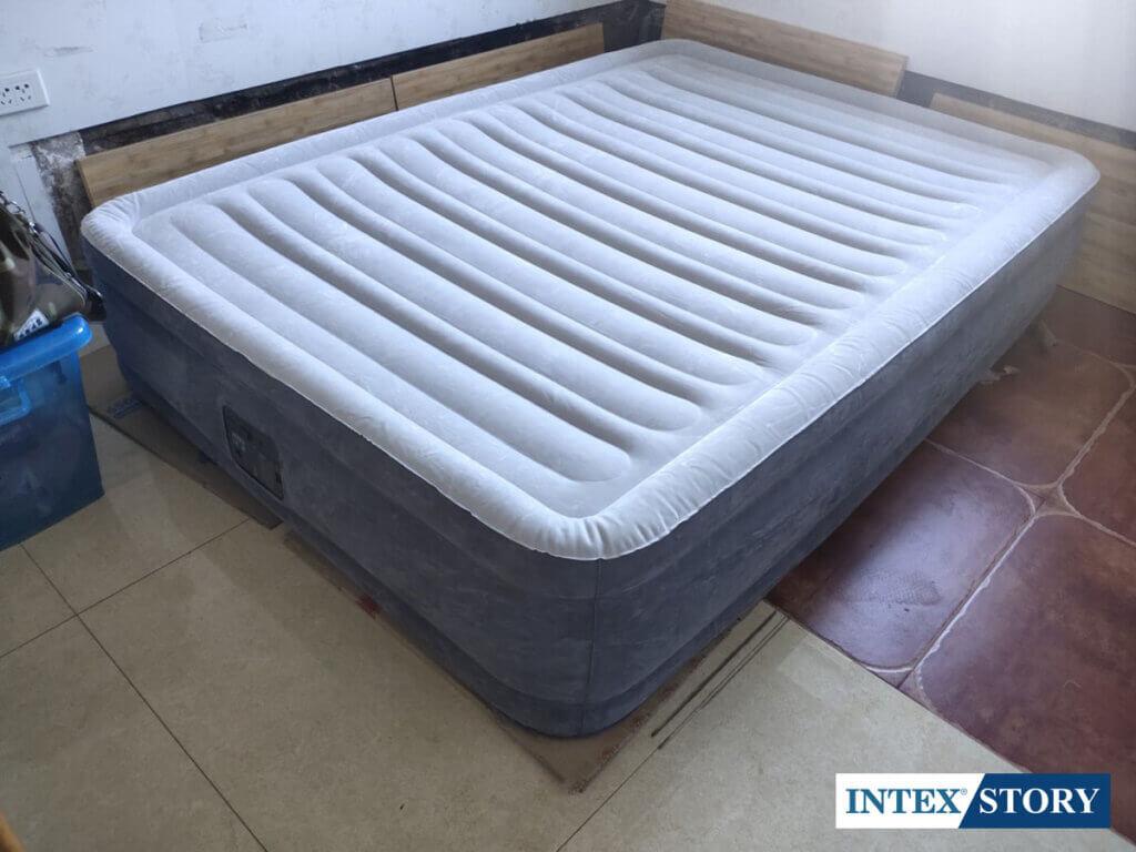ที่นอนเป่าลม INTEX ระบบไฟฟ้า 4.5 ฟุต รุ่น 67768 - 5