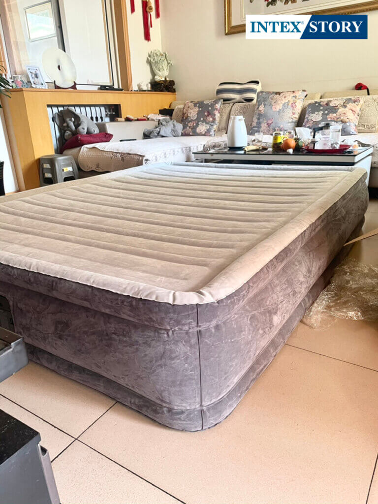 ที่นอนเป่าลมไฟฟ้า Intex 5 ฟุต รุ่น Comfort Plush 67770 - 9